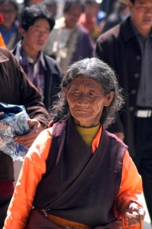 At the Jpkhang kora